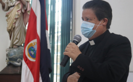 Arzobispo pide campaña de altura, centrada en temas urgentes
